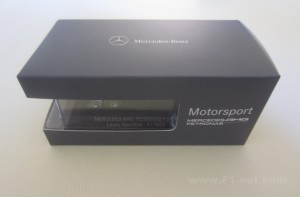 Minichamps Mercedes W05 1:43 Dealer edition